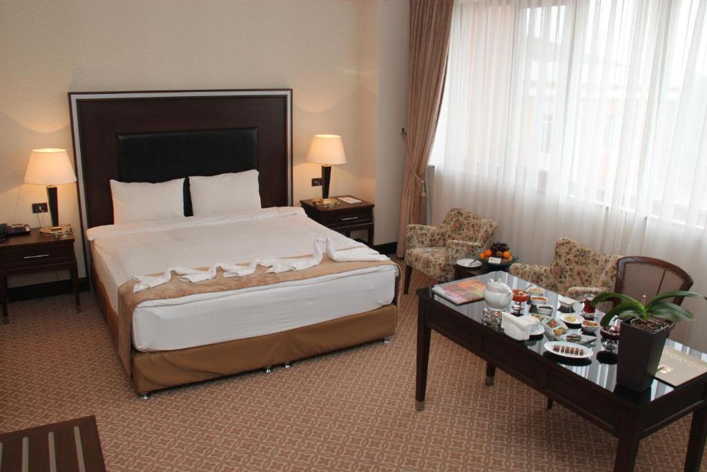 King Suite | Люкс с кроватью размера