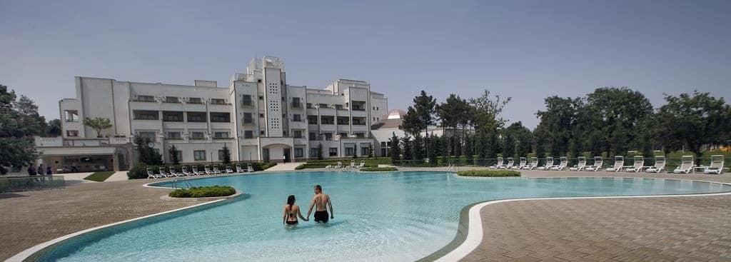 Санаторий Карабах Ресорт Спа Нафталан